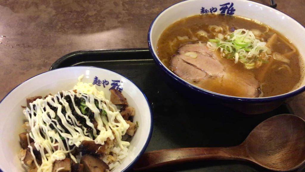 「焼醤油」+「チャーマヨ丼」の平日セット 900円(税込)