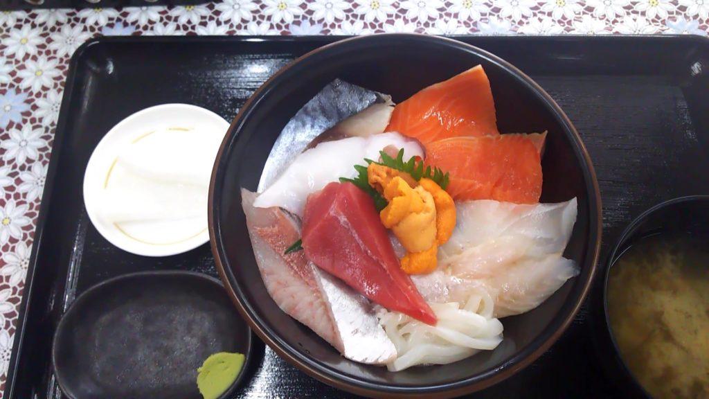 グレイト海鮮丼+ウニトッピング